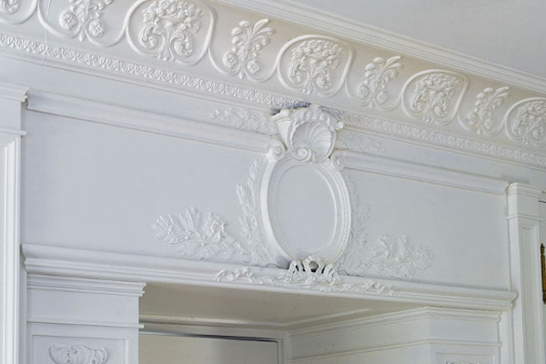 18th century moulding style